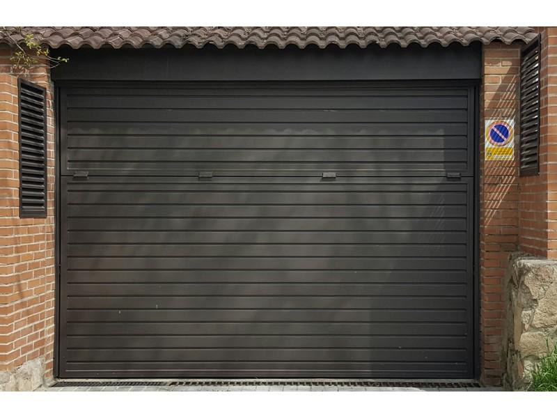 BASCULANTE CHAPA PERFIL PUERTA HORZONTALjpg - Puertas de garaje metálicas