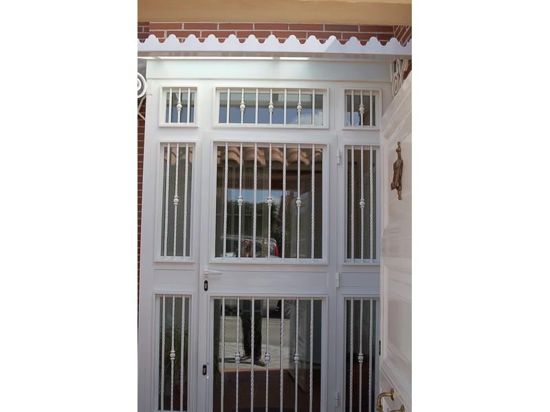 FRONTAL BARROTE MARTILLADO - Puertas de hierro y cristal
