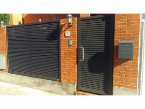LAMAS TUBO ELIPTICO 300x225 - Puertas metálicas