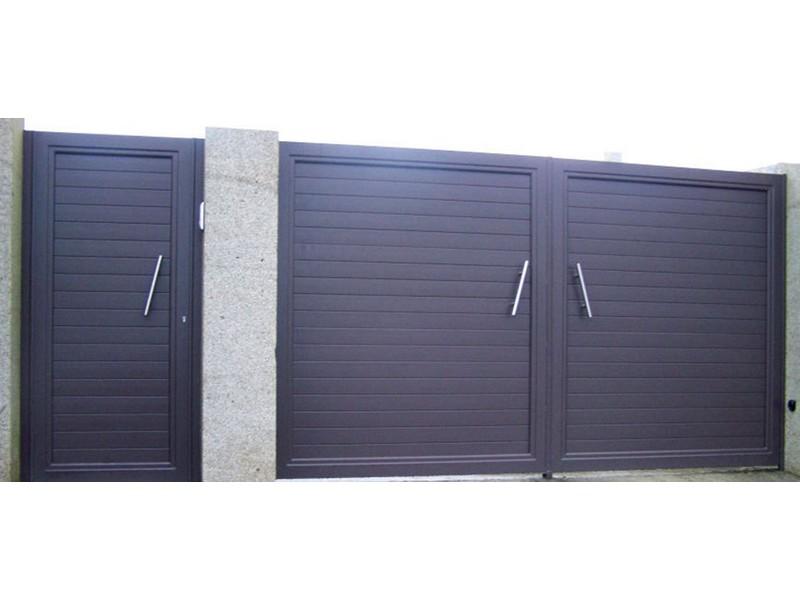 aluminio modelo lineal02 - Puertas de garaje de aluminio