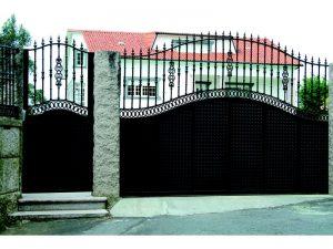 aluminio portales catalogo 192 300x225 - Puertas de aluminio soldado