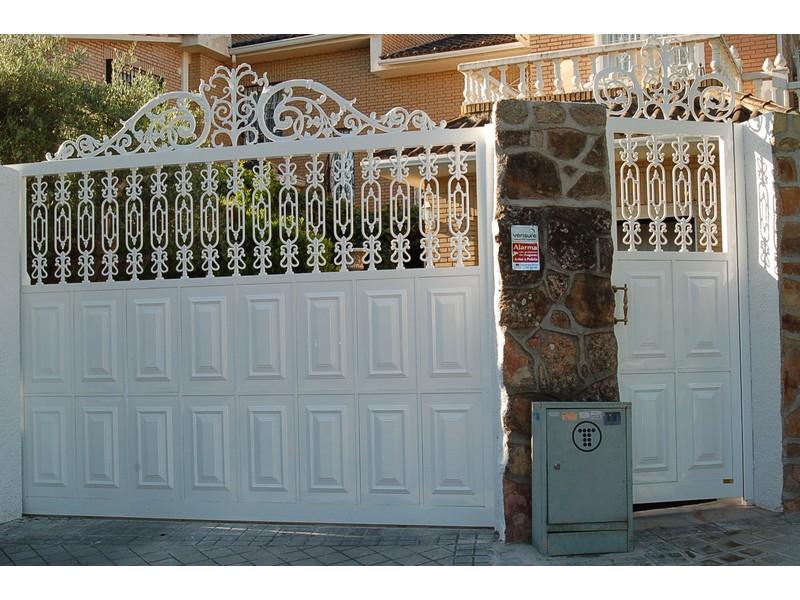 JUEGO ALUMINIO FUNDIDO ARTISTICO - Puertas de garaje de aluminio