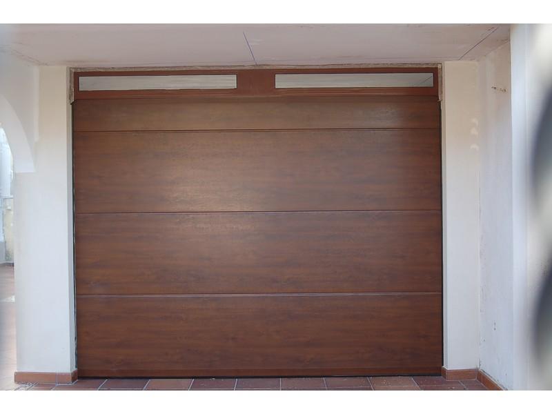 SECCIONAL 2 IMITACION MADERA - Puertas seccionales