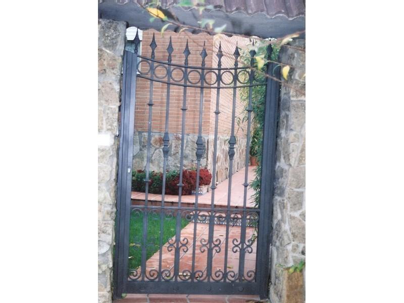 barrotelisomacollaslazosycaracolasdepletinaconarcoalreves - Puertas de forja